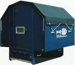 icefishing shelter