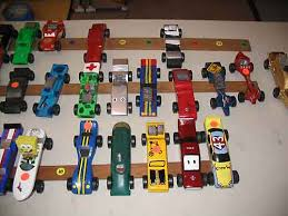 pinewood derby racer