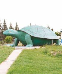 canadian roadside attractions