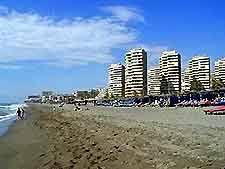 bajondillo beach