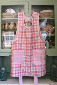 old fashioned aprons