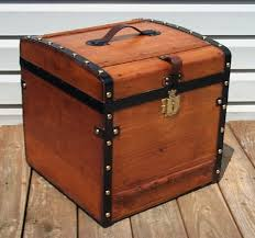 antiques trunks