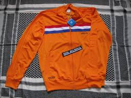 holland track top