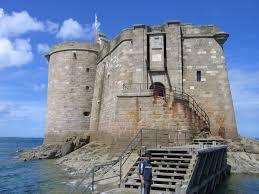 brittany chateau