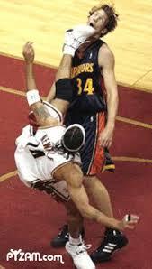 basketball kick