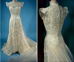 antique lace wedding gowns