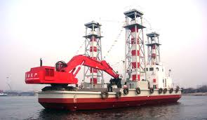 backhoe dredger