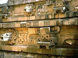 feathered serpent pyramid