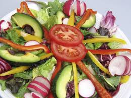 http://t0.gstatic.com/images?q=tbn:cE-AioEv6e-ZBM:http://superbodysuperbrainblog.files.wordpress.com/2009/10/salad.jpg