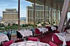 eiffel tower restaurant in paris