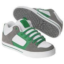 skate board sneakers