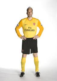 arsenal goalie shirt