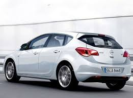 opel astra pictures