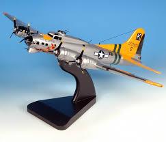 b 17 flying fortress models