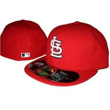 fitted baseball hat