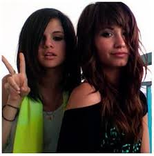 selena gomez and demi lovato photos