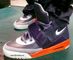 pictures of nike sneakers