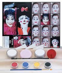 clown make up