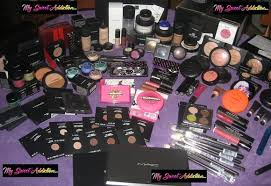 mac cosmetics kits