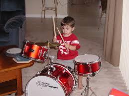 kids playing drums