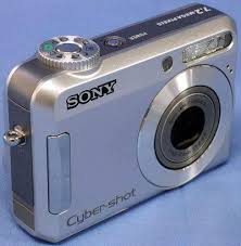 Sony DSC-S650 7.2 Megapixel Camera
