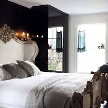 gothic bedroom decorating
