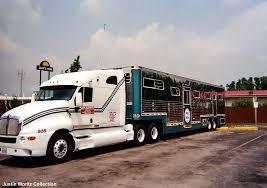horses truck