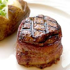 filet mignon wrapped in bacon