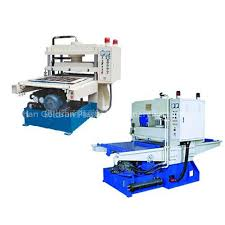 plastic cutting equipment