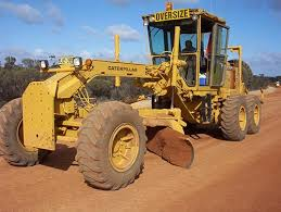 caterpillar graders