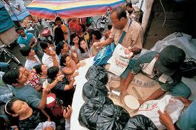 ayuda a los pobres