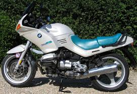 r1100 rs