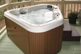 2 person hottub