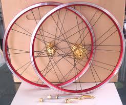 red bike wheels