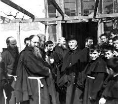 frailes franciscanos