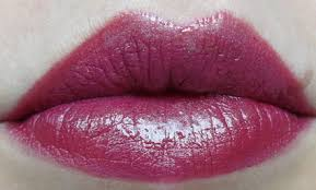 cupid bow lips