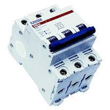 3 phase circuit breakers
