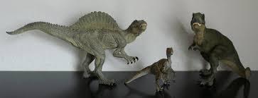 allosaurus vs spinosaurus