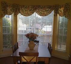 bay windows curtain