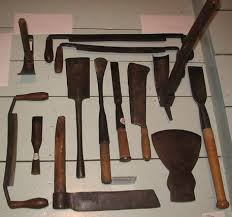archaeologists tools