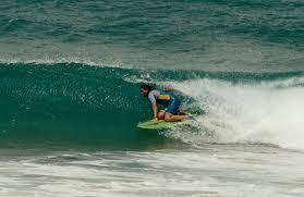 kneeboard surfing
