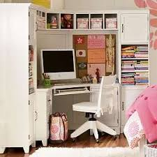 corner desk with shelves