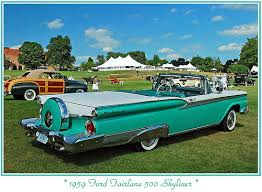 ford skyliner 1959