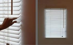 blinds light