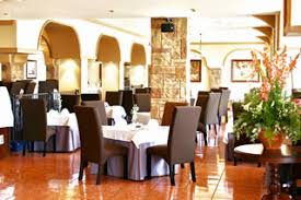 country club restaurants