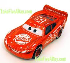 Combien y a-t-il de McQueen différents ? Red-ransburg-side