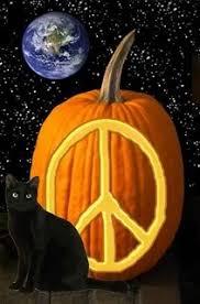 http://t0.gstatic.com/images?q=tbn:hdhcAHBeIkWKwM:http://i115.photobucket.com/albums/n293/hummingbird_13/HalloweenPeace.jpg&t=1