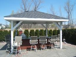 building outdoor bar