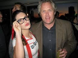 Andrew Breitbart (right)