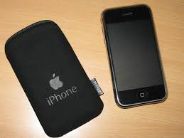 apple iphone pouch